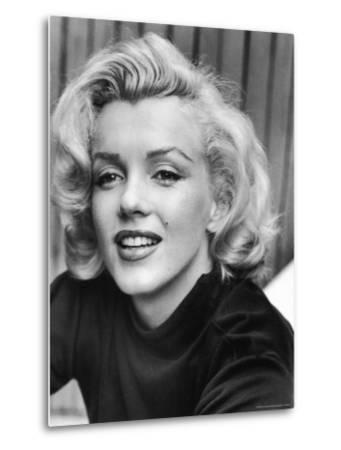 Actress Marilyn Monroe at Home-Alfred Eisenstaedt-Metal Print