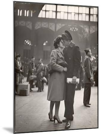 Sailor Kissing His Girlfriend Goodbye before Returning to Duty, Pennsylvania Station-Alfred Eisenstaedt-Mounted Photographic Print