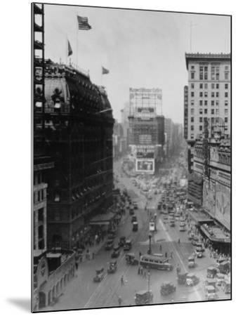 Intersection of Broadway and 7th Avenue, North of Times Square-Emil Otto Hopp?-Mounted Photographic Print