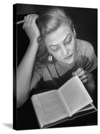 Dancer Valerie Bettis interprets William Faulkner's Novel as I Lay Dying into ballet-Nina Leen-Stretched Canvas Print