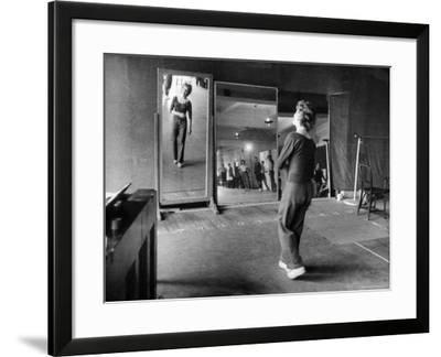 Gwen Verdon Rehearsing for the Broadway Musical Damn Yankees-Peter Stackpole-Framed Premium Photographic Print