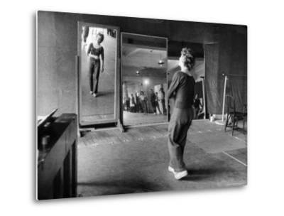 Gwen Verdon Rehearsing for the Broadway Musical Damn Yankees-Peter Stackpole-Metal Print