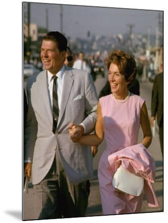 California Gubernatorial Candidate Ronald Reagan with Wife Nancy While on the Campaign Trail-Bill Ray-Mounted Photographic Print