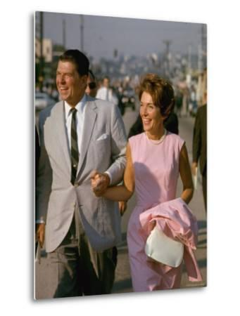 California Gubernatorial Candidate Ronald Reagan with Wife Nancy While on the Campaign Trail-Bill Ray-Metal Print