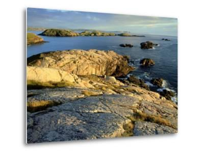 Coast at Sheigra in Evening Light, Scotland-Iain Sarjeant-Metal Print