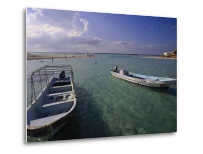Boats, Playa Norte, Isla Mujeres, Mexico-Walter Bibikow-Metal Print