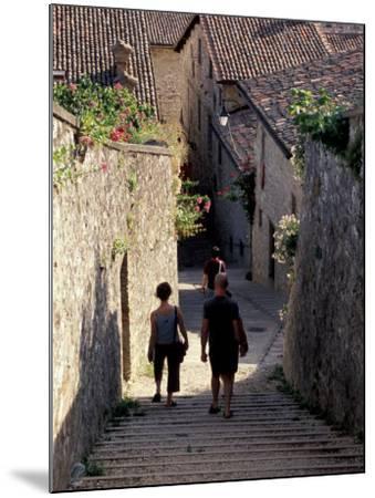 Steep Alleyway, Gubbio, Umbria, Italy-Inger Hogstrom-Mounted Photographic Print