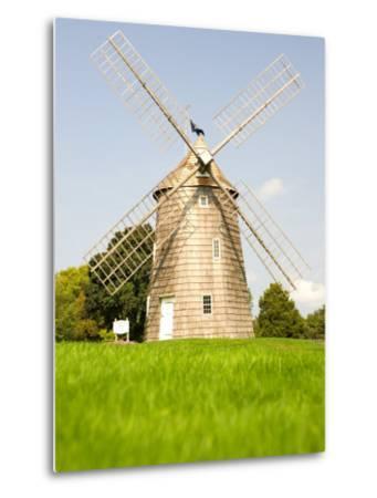 Veteran's Memorial and Wind Mill, East Hampton, New York, USA-Michele Westmorland-Metal Print