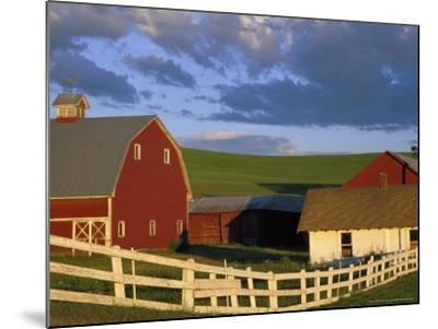 Red Barn with Fenceline in Summer, Whitman County, Washington, USA-Julie Eggers-Mounted Photographic Print