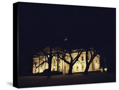 A Night View of the White House Decorated for the Holidays-Medford Taylor-Stretched Canvas Print