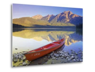 Canoe on Pyramid Lake-Kevin Law-Metal Print