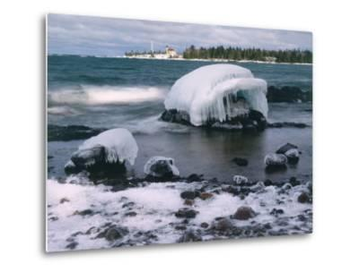 Ice Formations on Lake Superior Below Copper Harbour Lighthouse, Keweenah Peninsula, Michigan, USA-Willard Clay-Metal Print