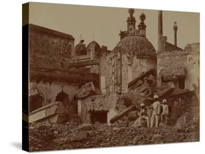 Fort Lucknow After the Indian Mutiny, 1857-Felice Beato-Stretched Canvas Print