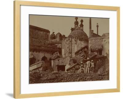 Fort Lucknow After the Indian Mutiny, 1857-Felice Beato-Framed Photographic Print