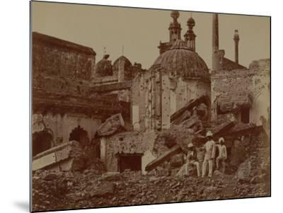 Fort Lucknow After the Indian Mutiny, 1857-Felice Beato-Mounted Photographic Print