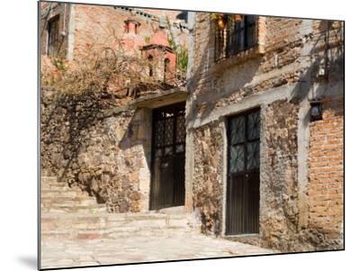 Cobblestone Steps in Hillside Neighborhood, Guanajuato, Mexico-Julie Eggers-Mounted Photographic Print