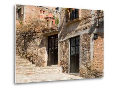 Cobblestone Steps in Hillside Neighborhood, Guanajuato, Mexico-Julie Eggers-Metal Print