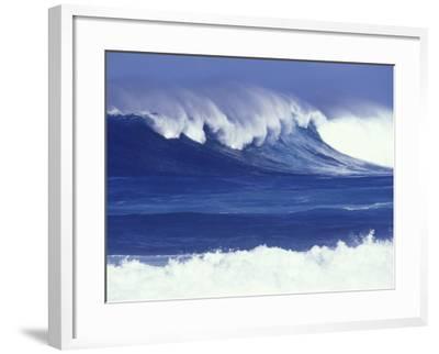 Waves off Kulima Point, Northshore, Oahu, Hawaii, USA-Darrell Gulin-Framed Photographic Print