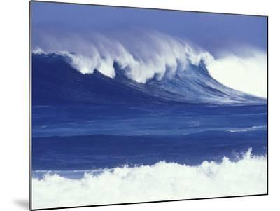Waves off Kulima Point, Northshore, Oahu, Hawaii, USA-Darrell Gulin-Mounted Photographic Print