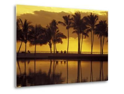 Couple, Palm Trees and Sunset Reflecting in Lagoon at Anaeho'omalu Bay, Big Island, Hawaii, USA-John & Lisa Merrill-Metal Print