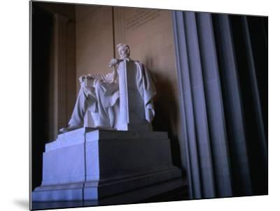 Lincoln Memorial Statue, Washington Dc, USA-Rick Gerharter-Mounted Photographic Print