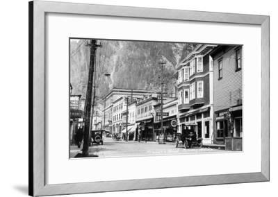 Juneau, Alaska - View of Franklin Street-Lantern Press-Framed Art Print