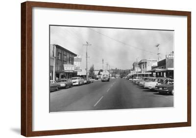 Ferndale, Washington - A Street Scene-Lantern Press-Framed Art Print