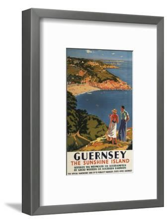 Guernsey, England - Southern/Great Western Rail Couple on Cliff Poster-Lantern Press-Framed Art Print