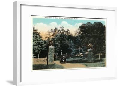 Binghamton, New York - Ross Park Entrance View-Lantern Press-Framed Art Print