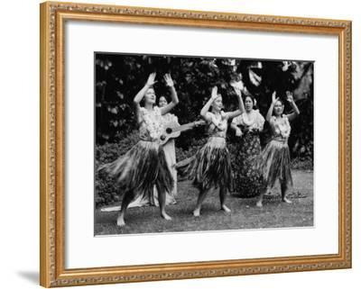 Hawaii - Hula Dancers Photograph-Lantern Press-Framed Art Print
