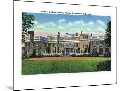 Poughkeepsie, New York - Hyde Park View of President FDR's Mansion-Lantern Press-Mounted Art Print