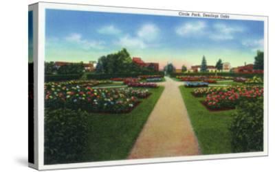 Portland, Maine - Deering Oaks Circle Park View-Lantern Press-Stretched Canvas Print