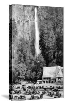 Multnomah Falls, Oregon - Exterior View of the Lodge and Falls, Parking Lot Filled-Lantern Press-Stretched Canvas Print