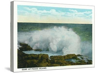 Portland, Maine - Peaks Island View of the Surf-Lantern Press-Stretched Canvas Print