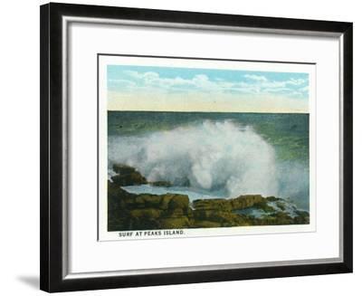 Portland, Maine - Peaks Island View of the Surf-Lantern Press-Framed Art Print