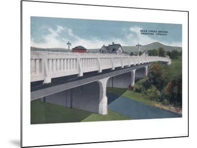 Medford, Oregon - Bear Creek Bridge View-Lantern Press-Mounted Art Print