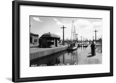 Seattle, Washington - View of Sailboat in US Government Locks-Lantern Press-Framed Art Print