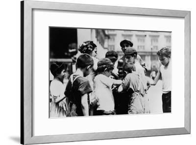 Children Drinking on a Hot Day in New York Photograph - New York, NY-Lantern Press-Framed Art Print