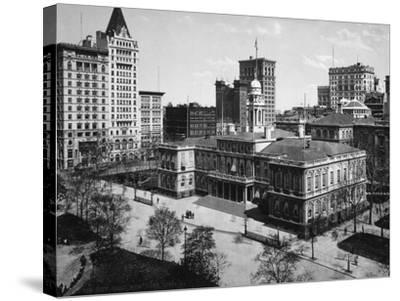 City Hall in New York City Photograph - New York, NY-Lantern Press-Stretched Canvas Print