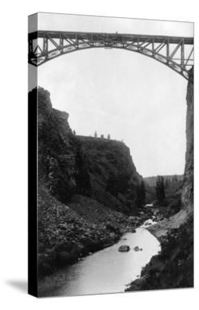 Crooked River Bridge in Central Oregon Photograph - Central Oregon-Lantern Press-Stretched Canvas Print