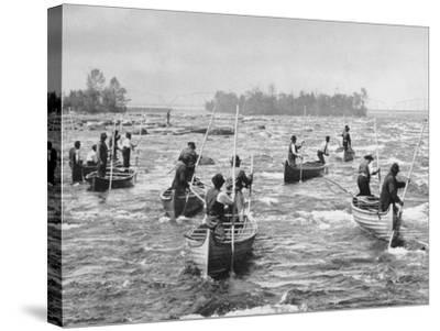 Indians Fishing in the Soo Canal Photograph - Michigan-Lantern Press-Stretched Canvas Print