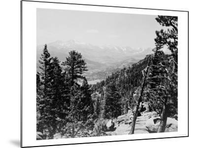 Longs Peaks and the Continental Divide Photograph - Colorado-Lantern Press-Mounted Art Print