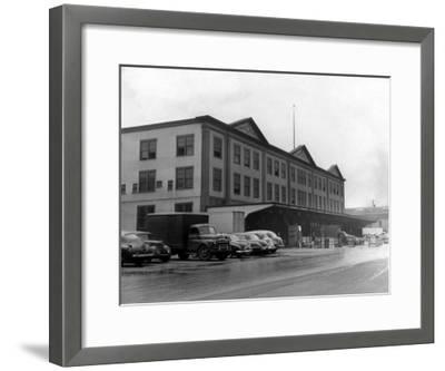 Exterior of Fulton Fish Market New York, NY Photo - New York, NY-Lantern Press-Framed Art Print