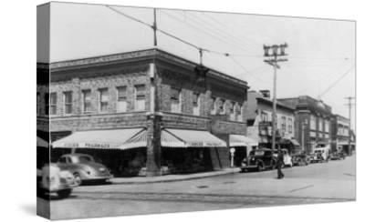 Street Scene, View of Vioue's Pharmacy - Renton, WA-Lantern Press-Stretched Canvas Print
