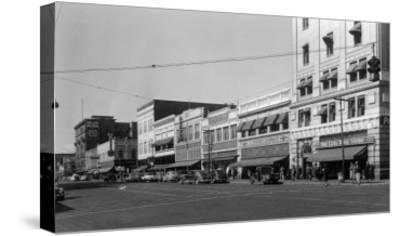 Street Scene, View of JC Penney's - Yakima, WA-Lantern Press-Stretched Canvas Print