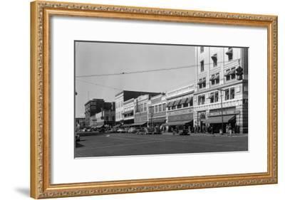 Street Scene, View of JC Penney's - Yakima, WA-Lantern Press-Framed Art Print