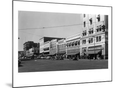 Street Scene, View of JC Penney's - Yakima, WA-Lantern Press-Mounted Art Print