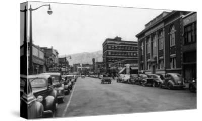 View of a City Street Scene - Lewiston, ID-Lantern Press-Stretched Canvas Print