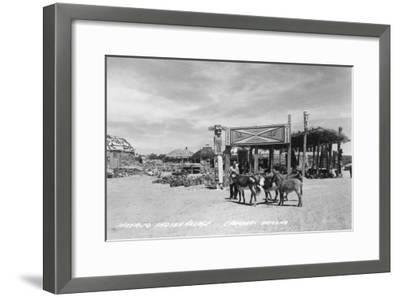 Navajo Indian Village in Chambers, Arizona Photograph - Chambers, AZ-Lantern Press-Framed Art Print