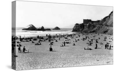 San Francisco, CA Cliff House and Beach Scene Photograph - San Francisco, CA-Lantern Press-Stretched Canvas Print